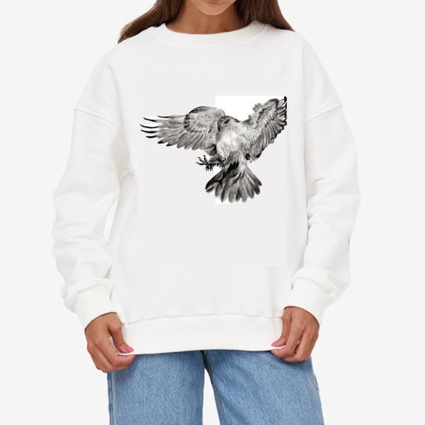 Свитшот «Орел расправил крылья и летит в прыжке»
