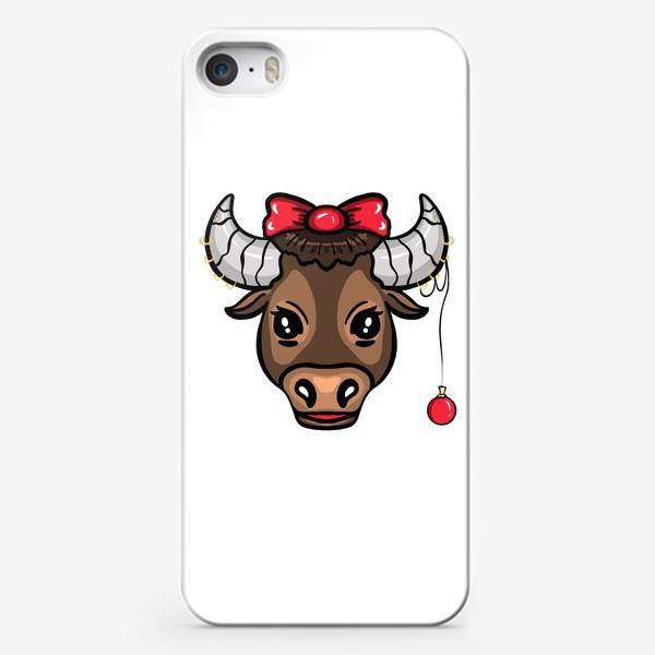 Чехол iPhone «коровка с новогодним шариком и бантом »