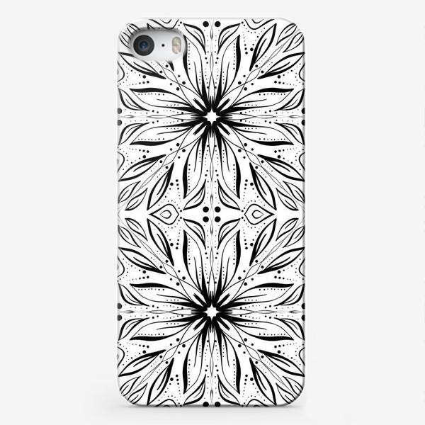 Чехол iPhone «Черно-белый узор. Цветы »