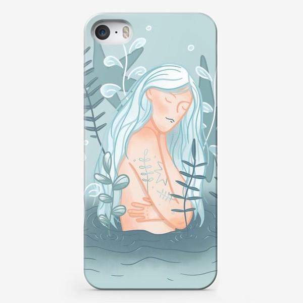 Чехол iPhone «Девушка в реке с длинными светлыми волосами»