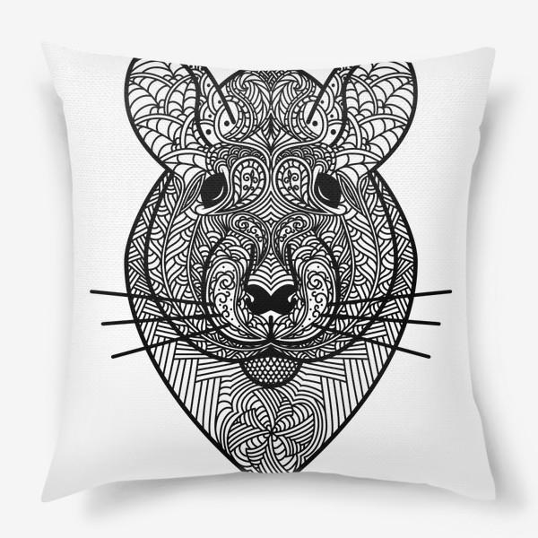 Подушка «Узорчатая голова мышки или хомяка . Рисунок крысы с этническим орнаментом. Узор в стиле  дудлинг на мордочке животного»