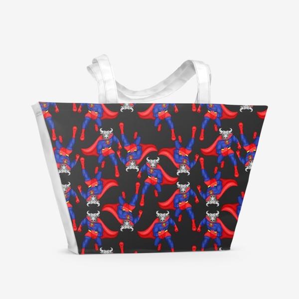 Пляжная сумка «Бык супергерой, паттерн»