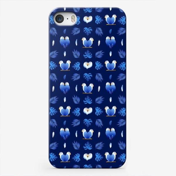 Чехол iPhone «Синие тропические влюбленные попугаи»