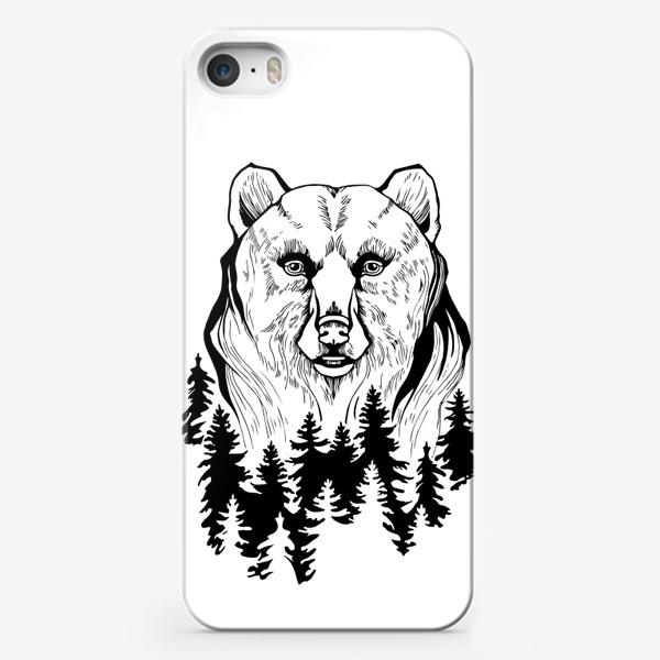 Чехол iPhone «Медведь и лес»