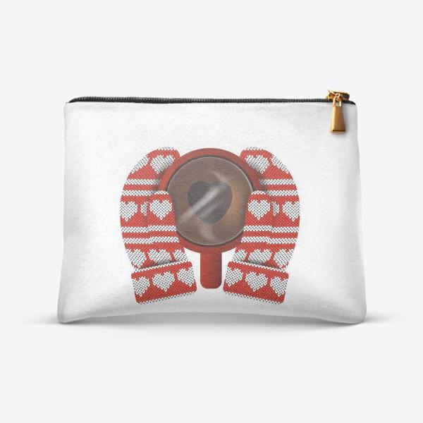 Косметичка «Горячий сердечный подарок (руки в варежках держат кружку кофе)»