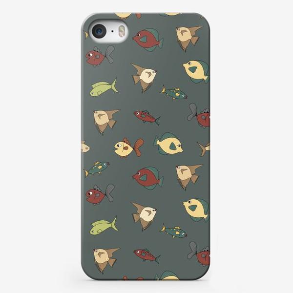 Чехол iPhone «Разноцветные рыбки»