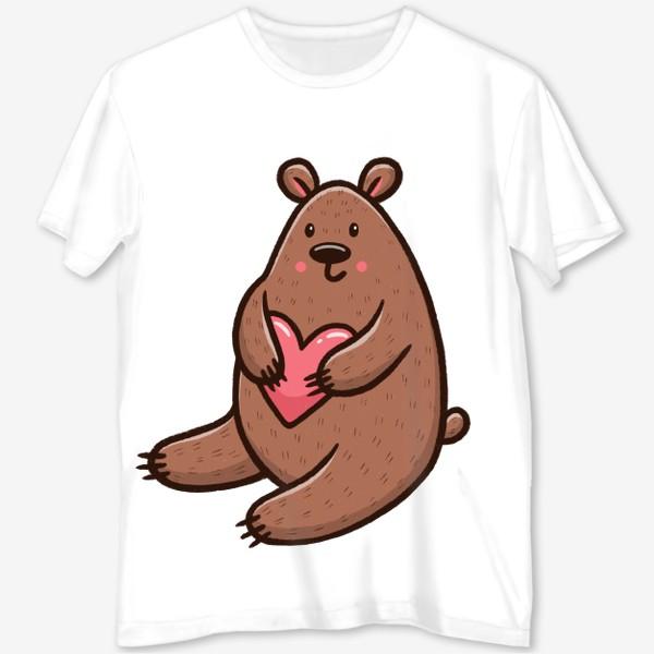 Футболка с полной запечаткой «Милый медведь с сердечком»