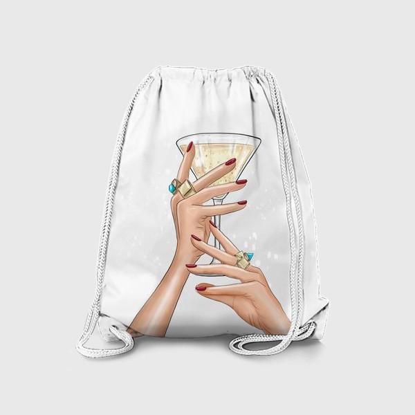 Рюкзак «Руки девушки с коктейлем»