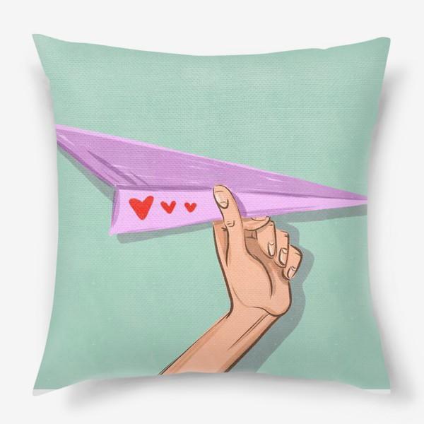 Подушка «Бумажный самолёт с сердечками »