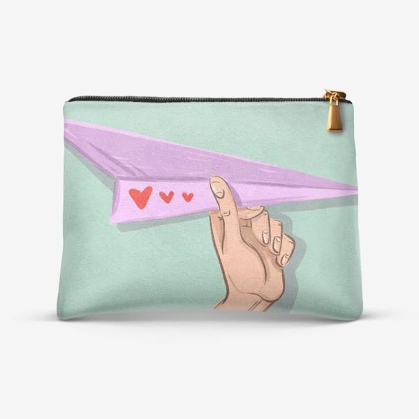 Косметичка «Бумажный самолёт с сердечками »