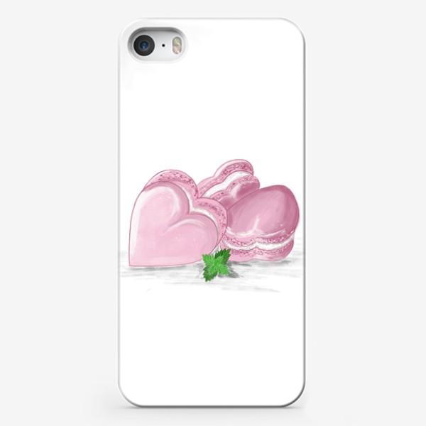 Чехол iPhone «Пирожные макаронс-сердечки и листик мяты»