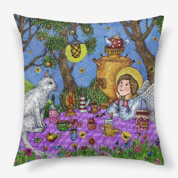 Подушка «Уютное чаепитие в саду. Добрый ангел и кот.»