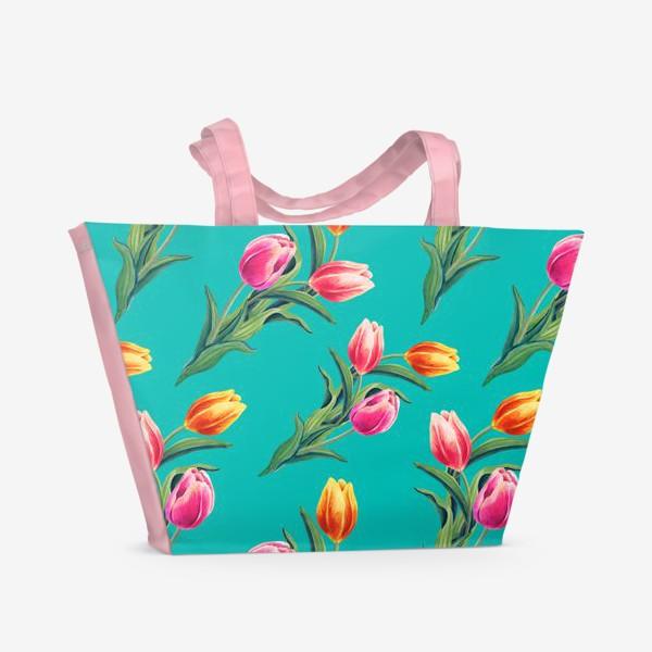 Пляжная сумка «Акварельные тюльпаны на изумрудном фоне»