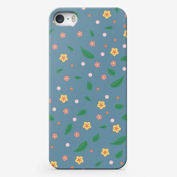 Чехол iPhone «мелкие цветочки»