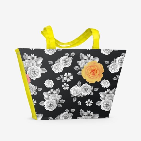 Пляжная сумка «Серые,желтые и красные акварельные розы на темном»
