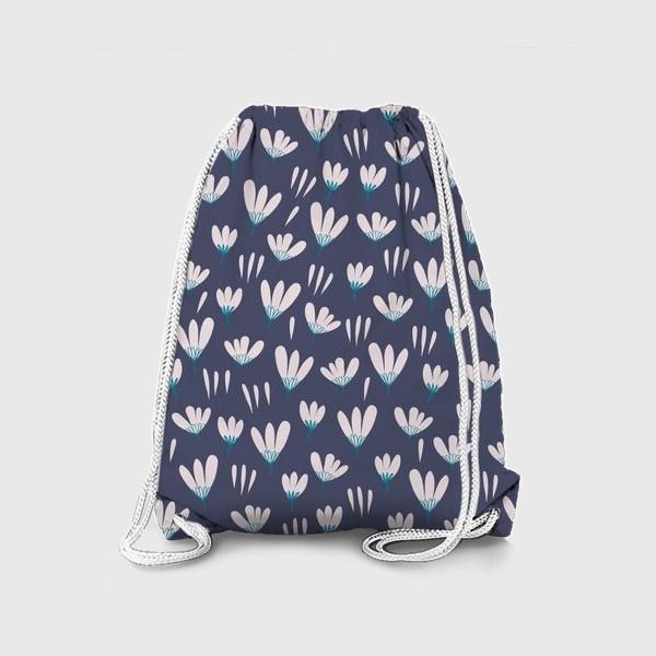Рюкзак «белые цветы на сером»