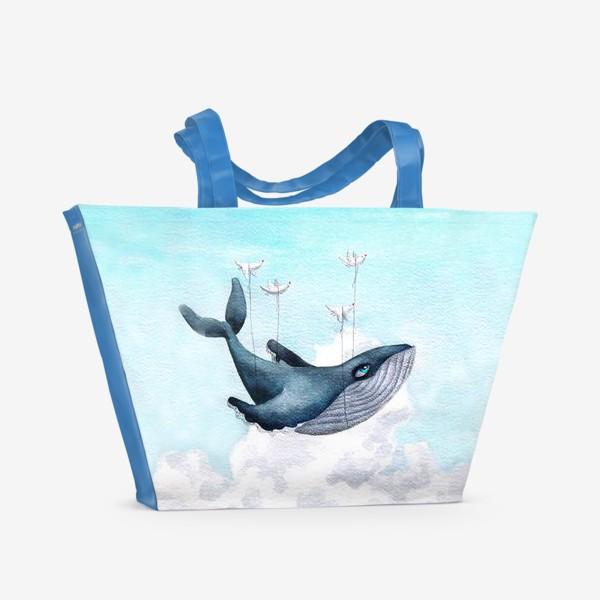 Пляжная сумка «Кит, парящий в облаках»
