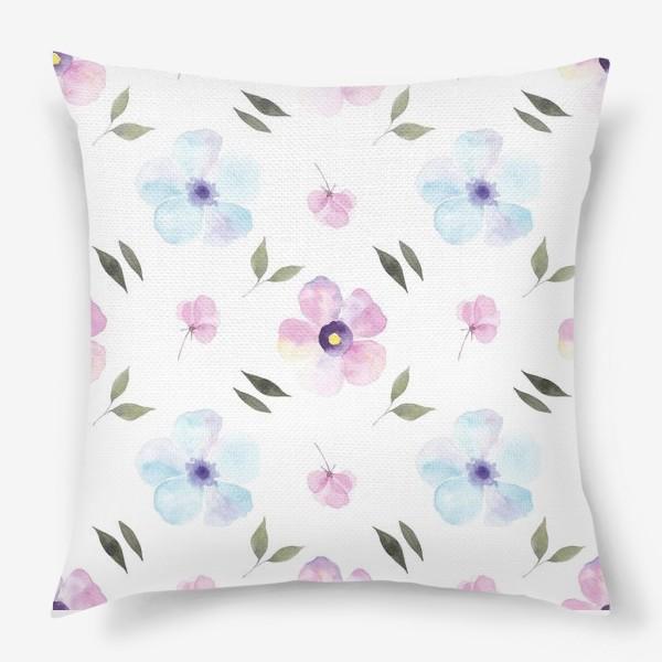 Подушка «Орнамент из голубых и фиолетовых цветов»