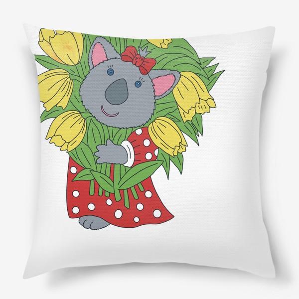 Подушка «Милая коала с букетом тюльпанов»