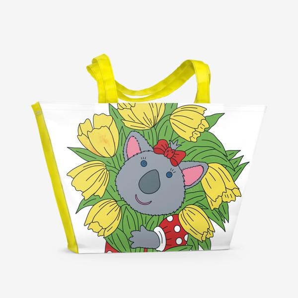 Пляжная сумка «Милая коала с букетом тюльпанов»