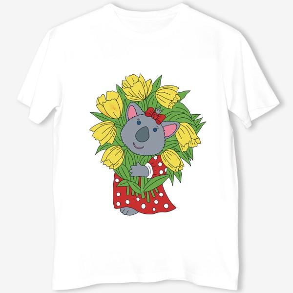 Футболка «Милая коала с букетом тюльпанов»