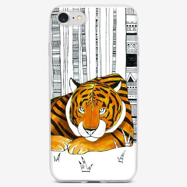 Чехол iPhone «Амурский тигр отдыхает»