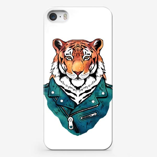 Чехол iPhone «Амурский тигр в куртке-косухе»