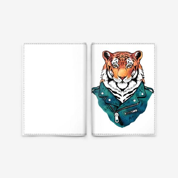 Обложка для паспорта «Амурский тигр в куртке-косухе»