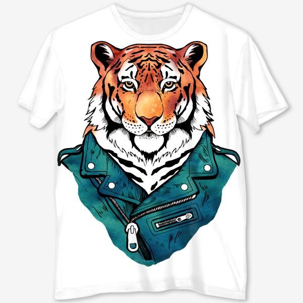 Футболка с полной запечаткой «Амурский тигр в куртке-косухе»