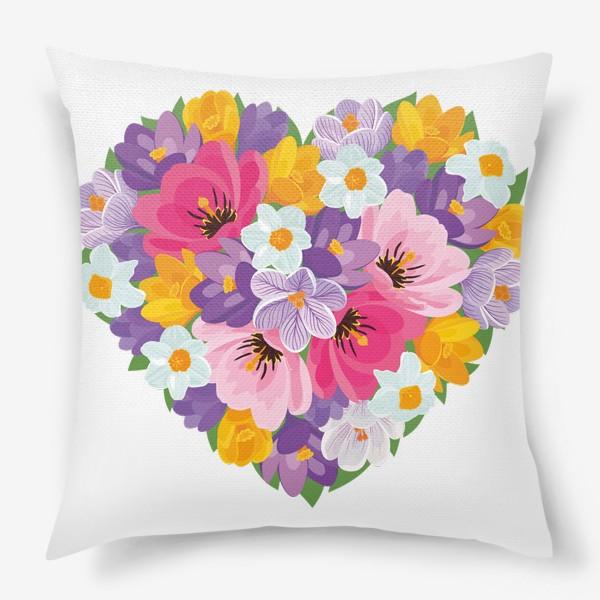 Подушка «Цветочное сердце из весенних цветов тюльпанов, крокусов, нарциссов»
