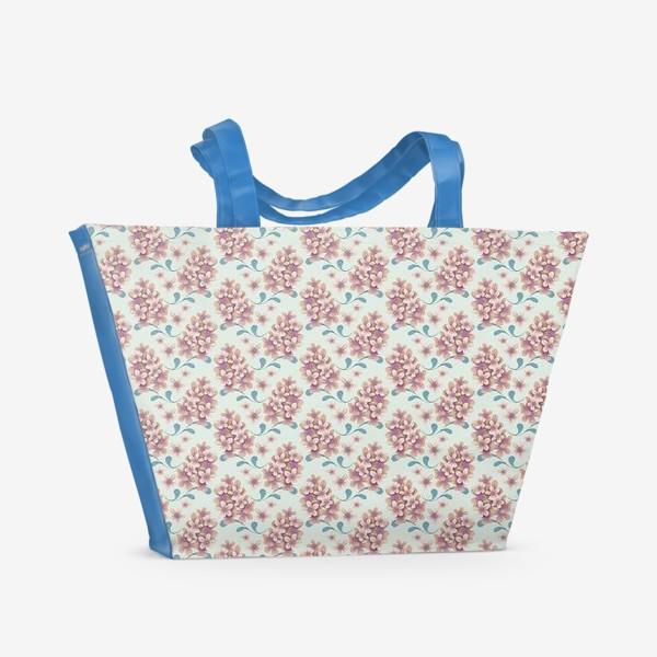 Пляжная сумка «Нежные цветы в пастельной цветовой гамме»