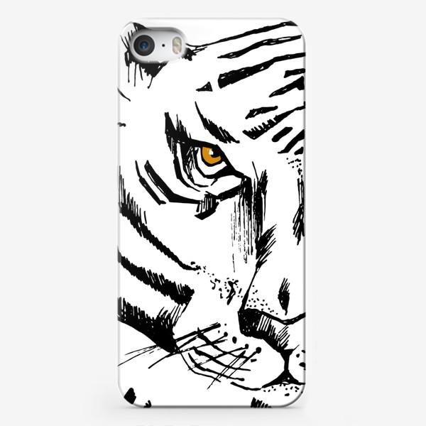 Чехол iPhone «Тигр Wild and free»