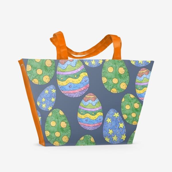 Пляжная сумка «Узор с пасхальными яйцами на синем фоне»