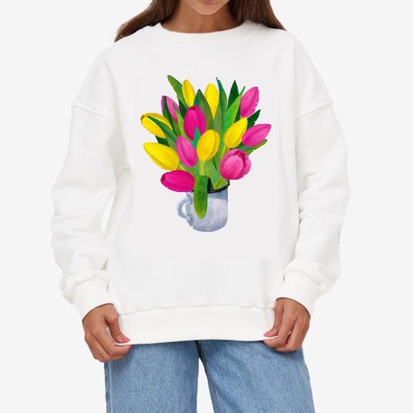 Свитшот «Яркие тюльпаны в металлической кружке»