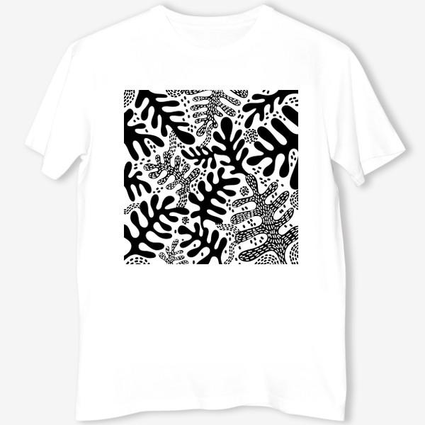 Футболка «Черно-белые листья»