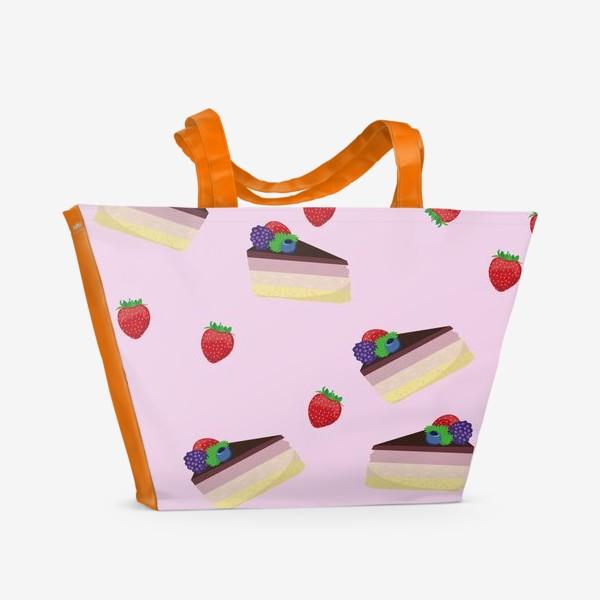 Пляжная сумка «Торт с ягодами»