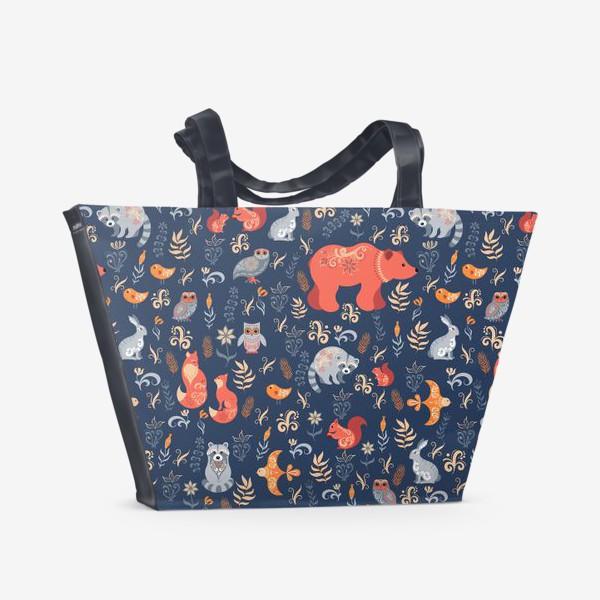 Пляжная сумка «Лесные животные, растения на синем фоне. FolkArt.»