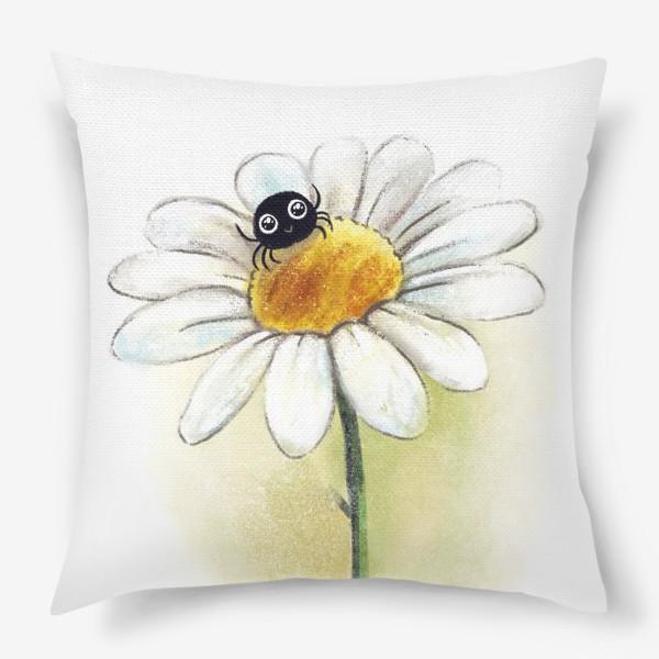 Подушка «Паучок на ромашке»