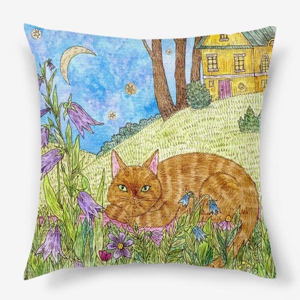 Подушка «Кошка в саду»