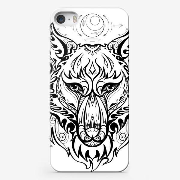 Чехол iPhone «Волк с символами »