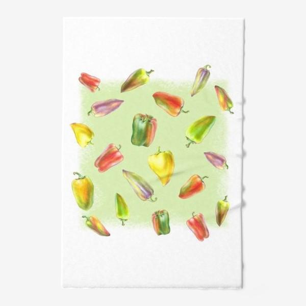 Полотенце «Разноцветные перцы на зеленом фоне»
