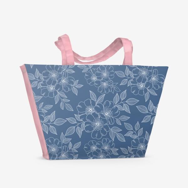 Пляжная сумка «Цветущая яблоня на синем»