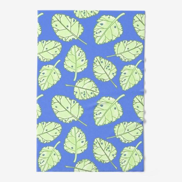 Полотенце «Зеленые листики на синем фоне»