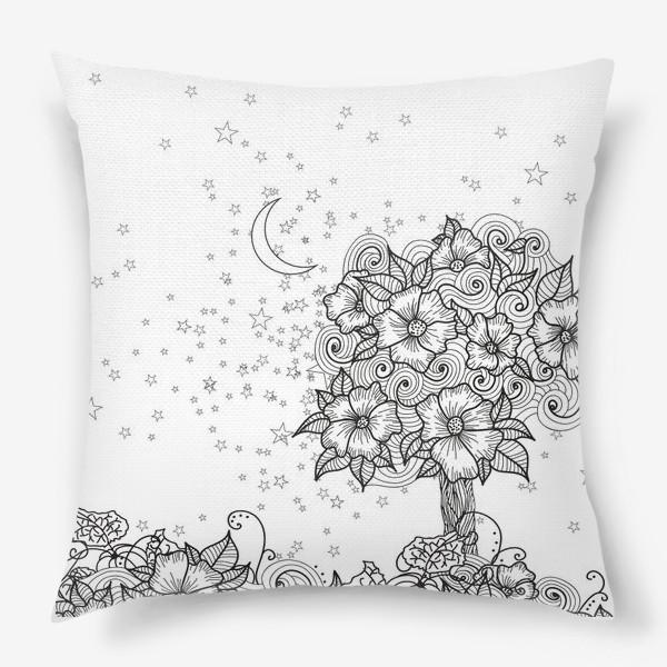 Подушка «Цветущее дерево (зеатлинг)»