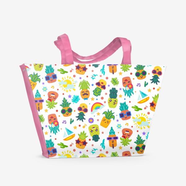 Пляжная сумка «Веселые ананасы на вечеринке»