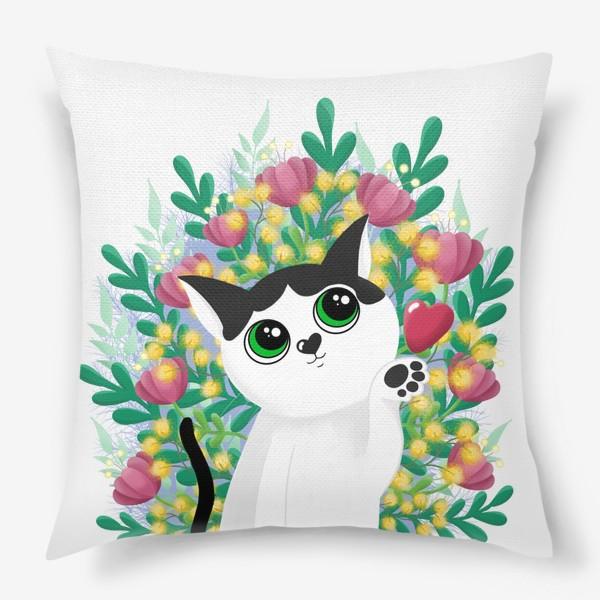 Подушка «Леди Бу и цветы»