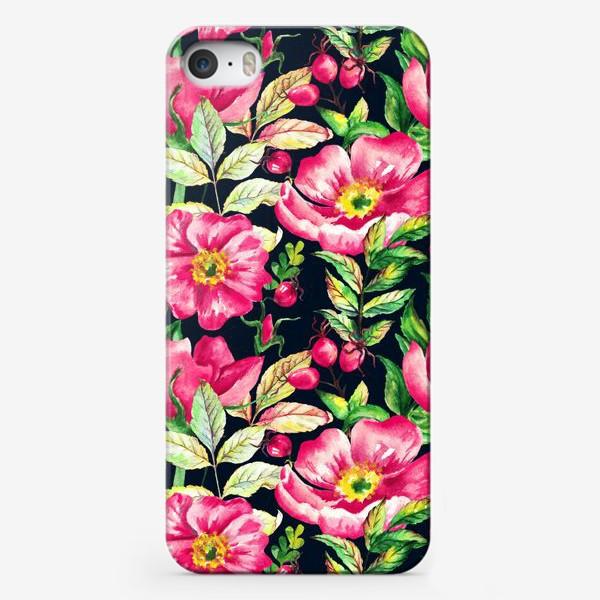 Чехол iPhone «Розовый шиповник и ягоды  на черном»