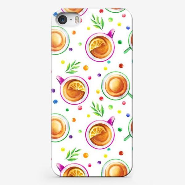 Чехол iPhone «Чай с лимоном и цветным драже на белом»