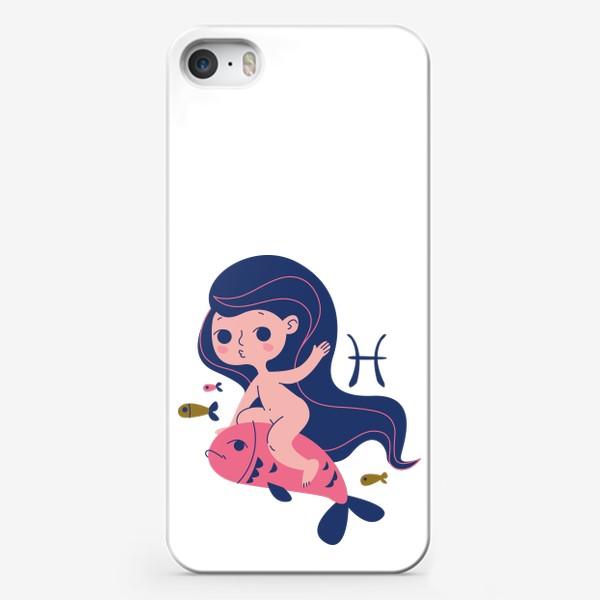 Чехол iPhone «Рыбы знак зодиака. Малышка голышка»