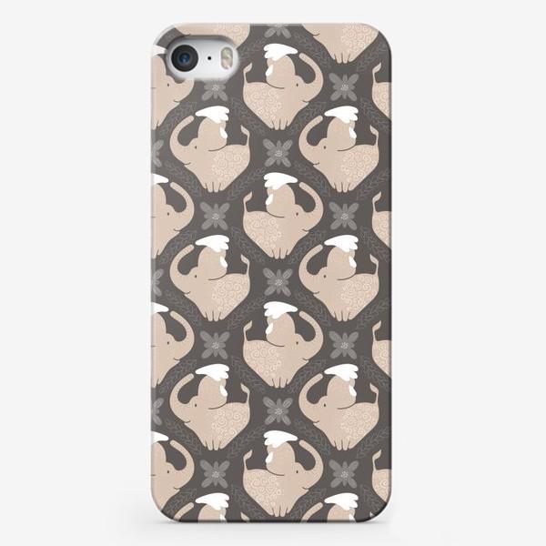 Чехол iPhone «Слоники»